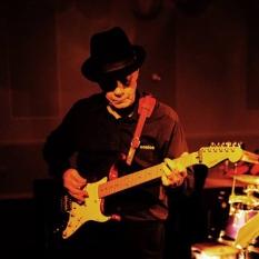 Dave - Guitar